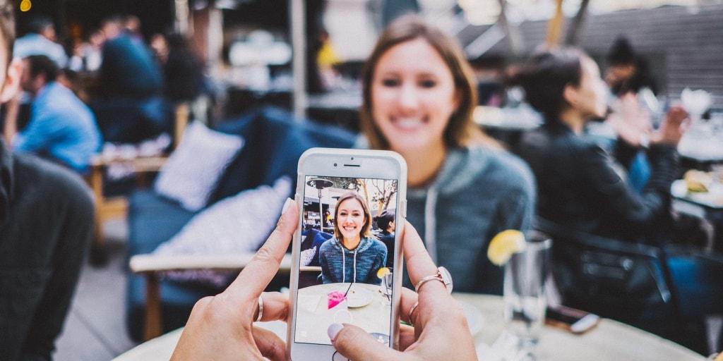 Личная фотография как инструмент влияния и увеличения продаж